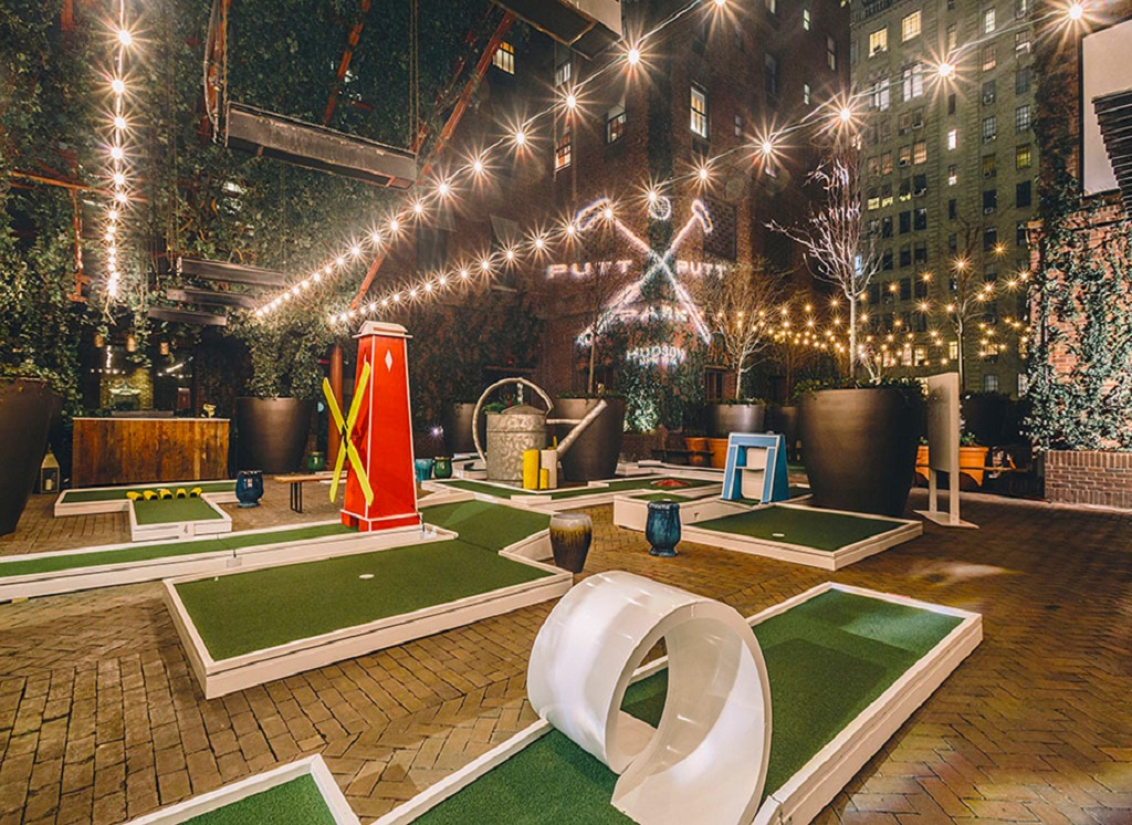 8 Awesome Mini Golf Courses For Families In The Bronx