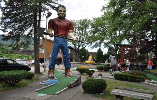 Best Mini-Golf Course
