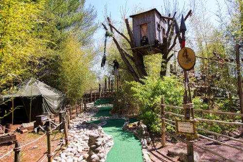 mini-golf courses in Henderson, VA